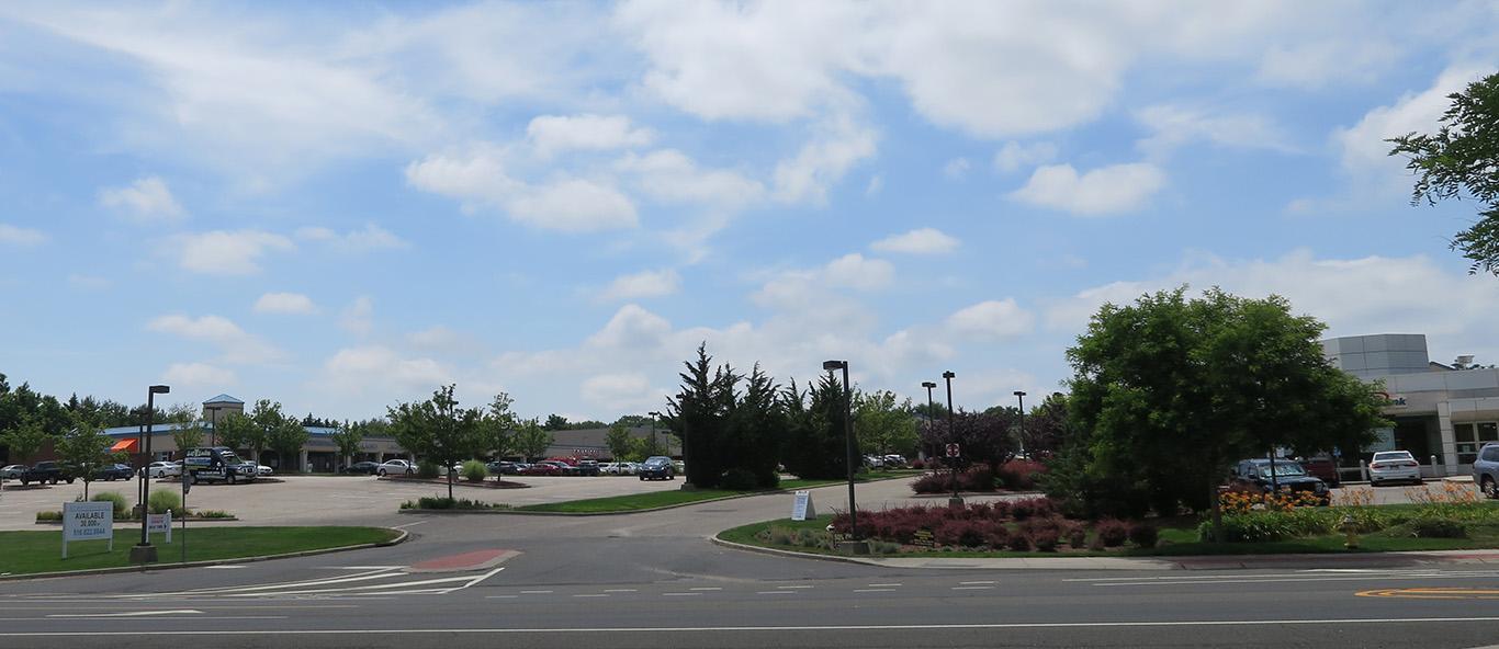 Pine Plaza – Coram, NY
